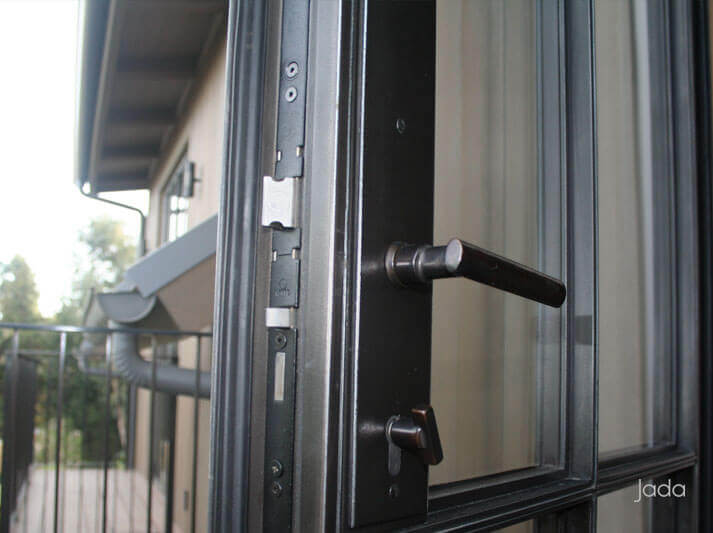 Jada | Multipoint Locking Systems Enhance Security